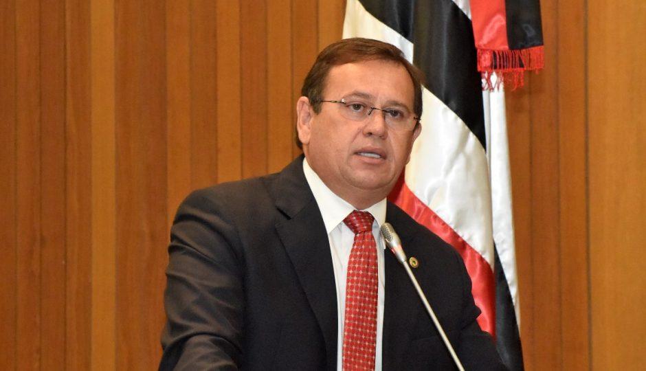 MP silencia sobre denúncia de uso da máquina por secretários de Flávio Dino