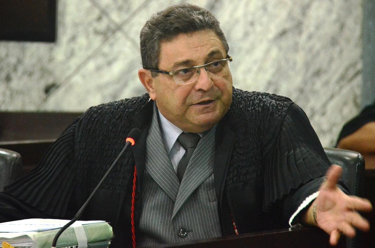 Bayma Araújo substitui interinamente Anildes Cruz na CGJ