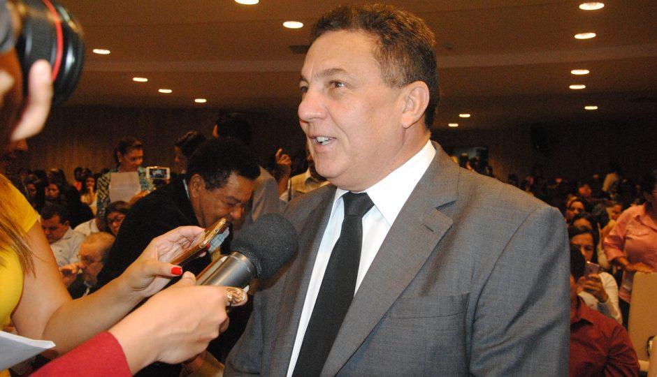 Presidente da Famem consegue em Brasília parcelamento do débito do Fundeb