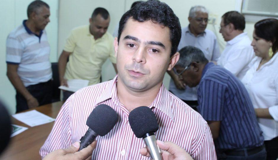 Promotoria pede indisponibilidade de bens de Eric Costa