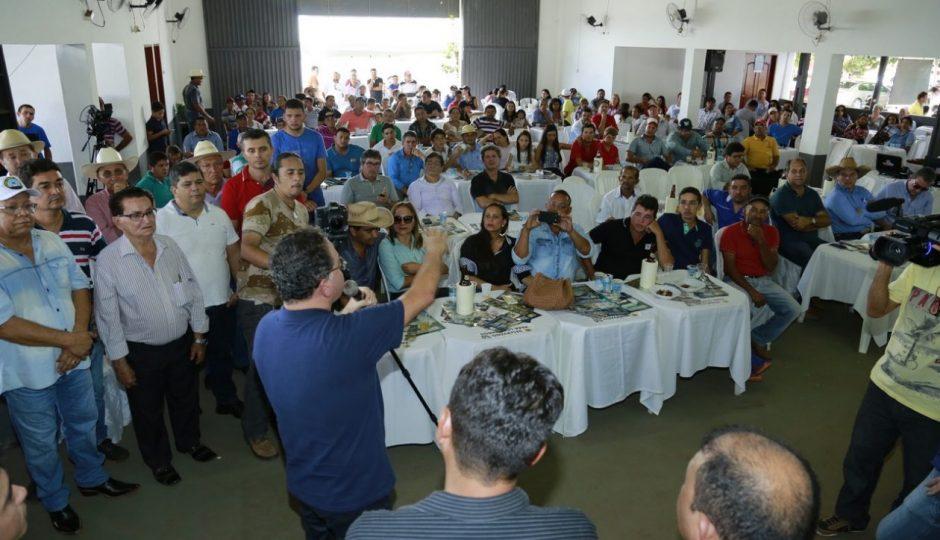 Roberto Rocha é recebido em Campestre e Estreito