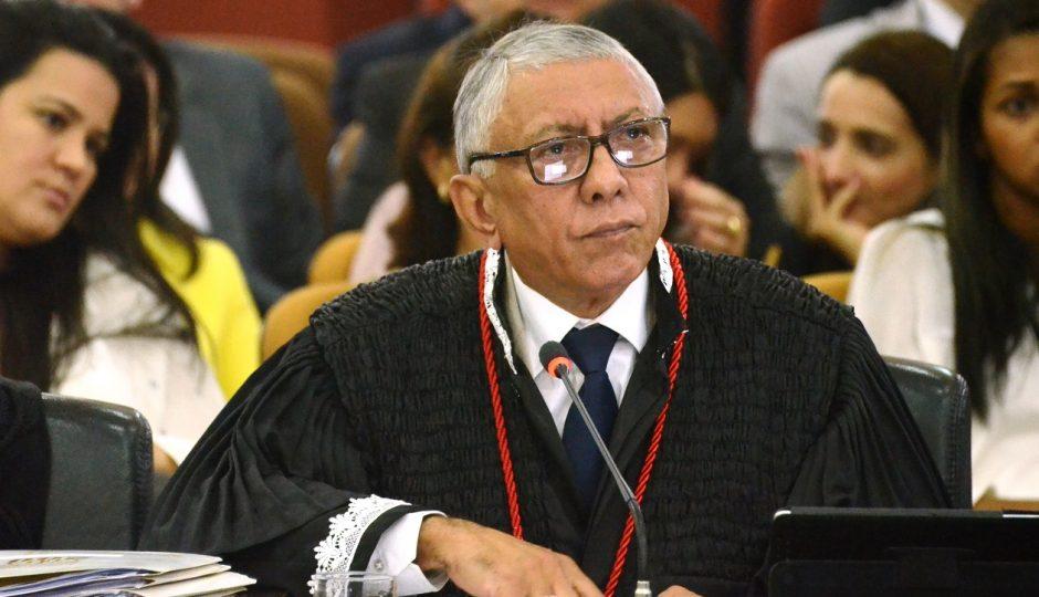 João Santana é o plantonista da Justiça de 2° grau no fim de semana