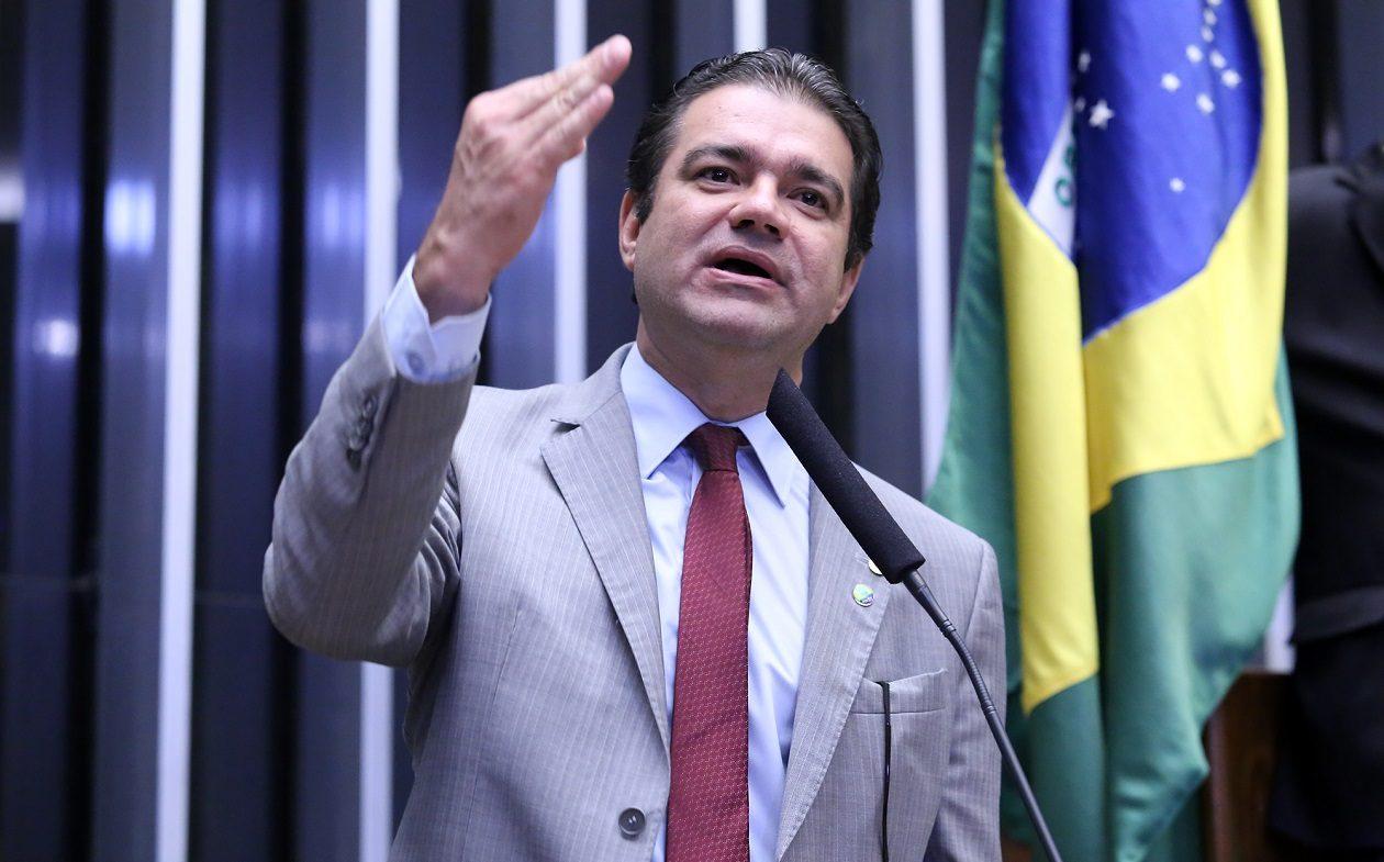 Reforma da Previdência é aprovada por comissão com voto de Júnior Marreca