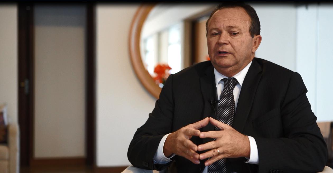 Vice-governador vai à China tratar sobre siderúrgica no Maranhão