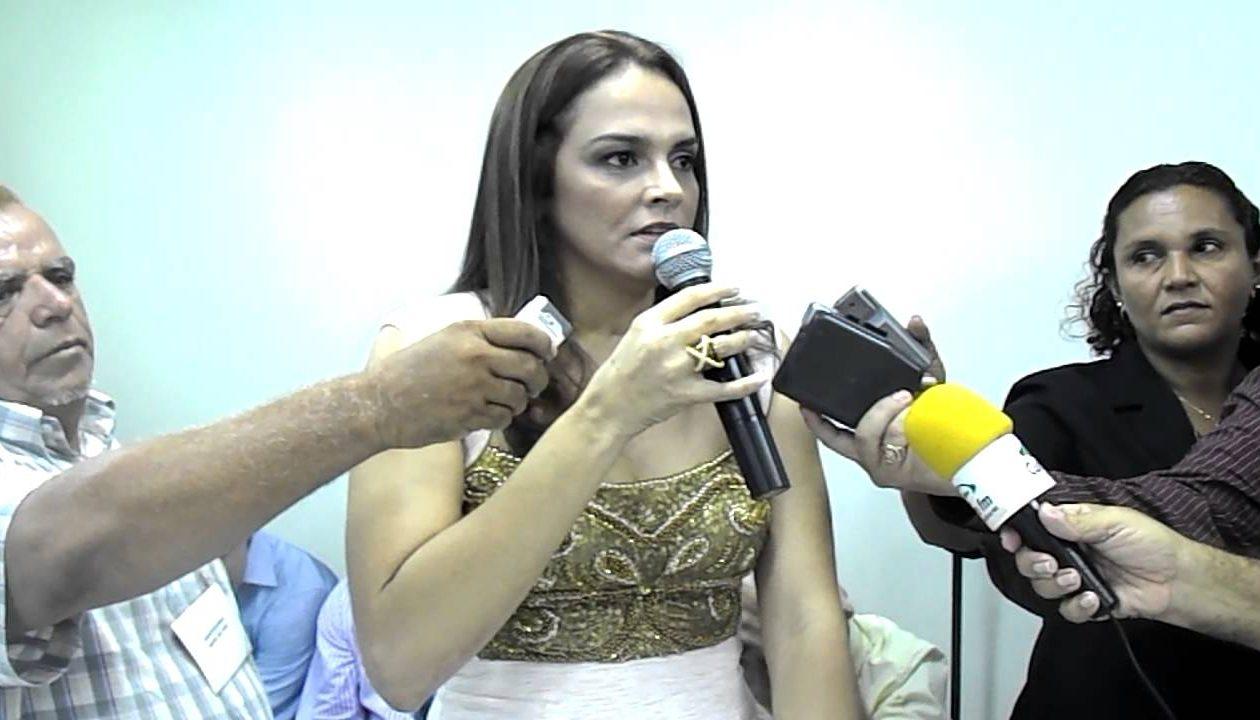 Promotoria mira em Carmem Neto por improbidade administrativa