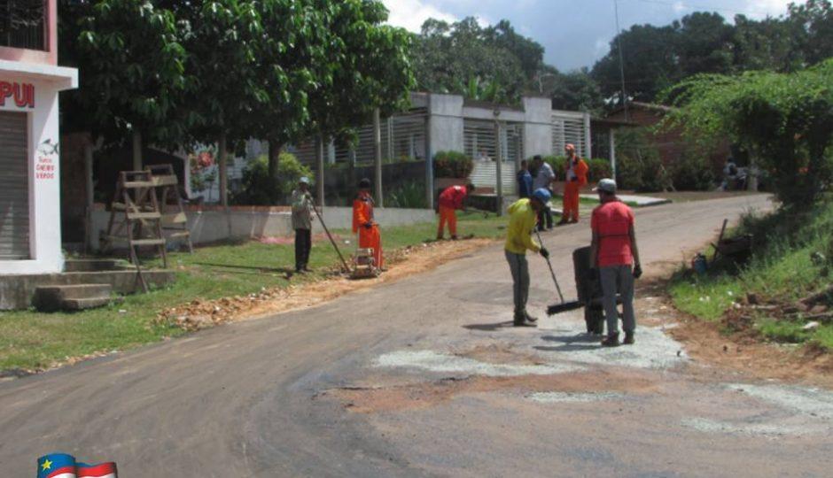 Santa Rita: prefeitura intensifica pavimentação e recuperação de estradas