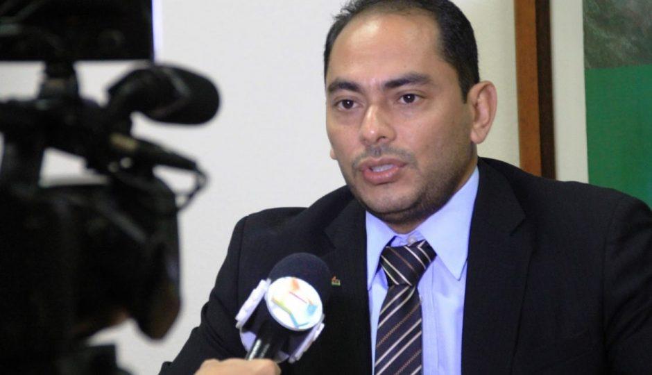 No Maranhão, prefeito agride radialista após ser chamado de corrupto