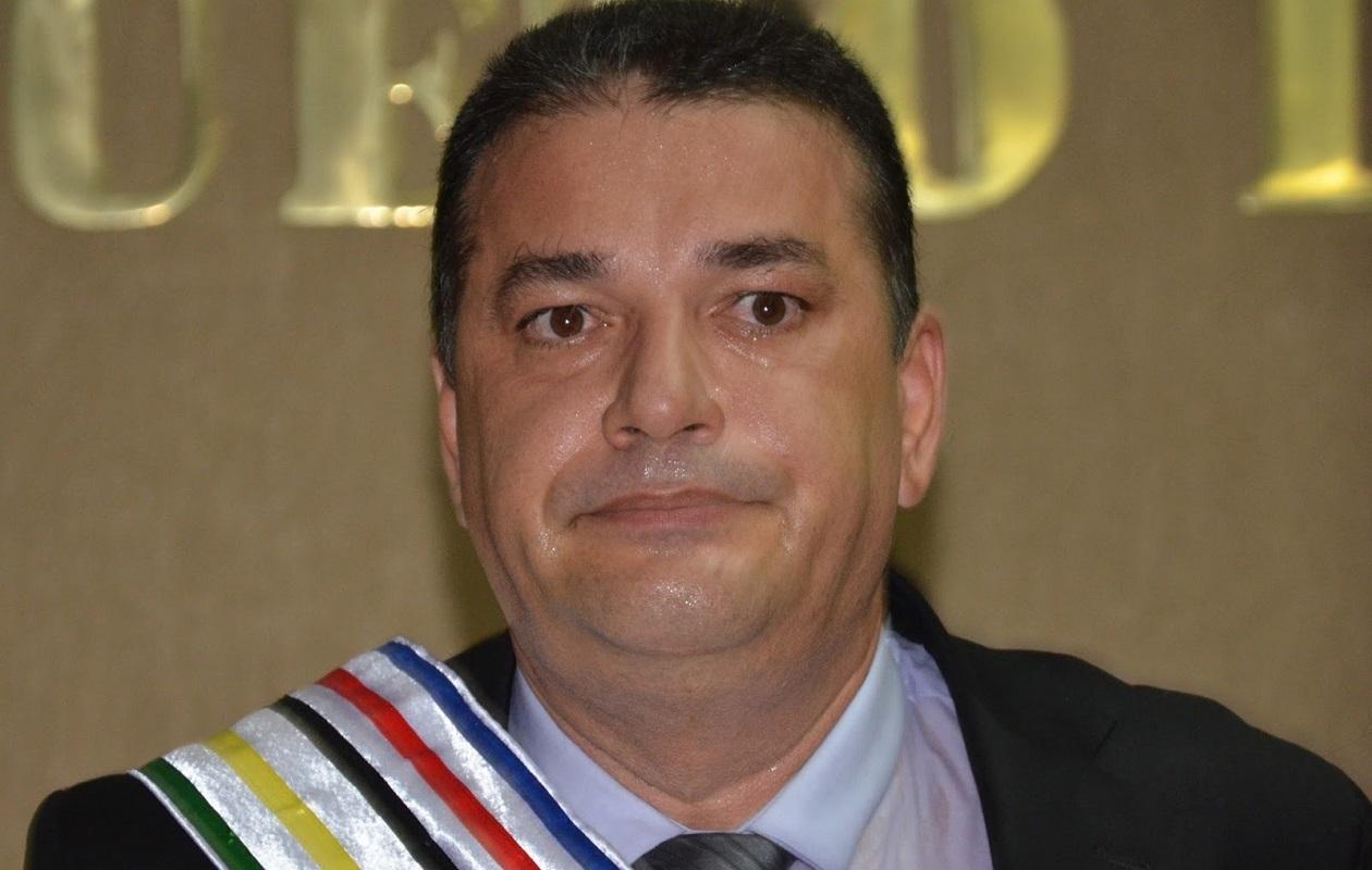 Desembargador nega recurso e mantém perda do cargo de Zé Gomes