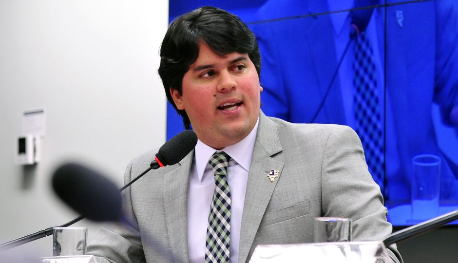 André Fufuca assume comando interino da Câmara por nove dias