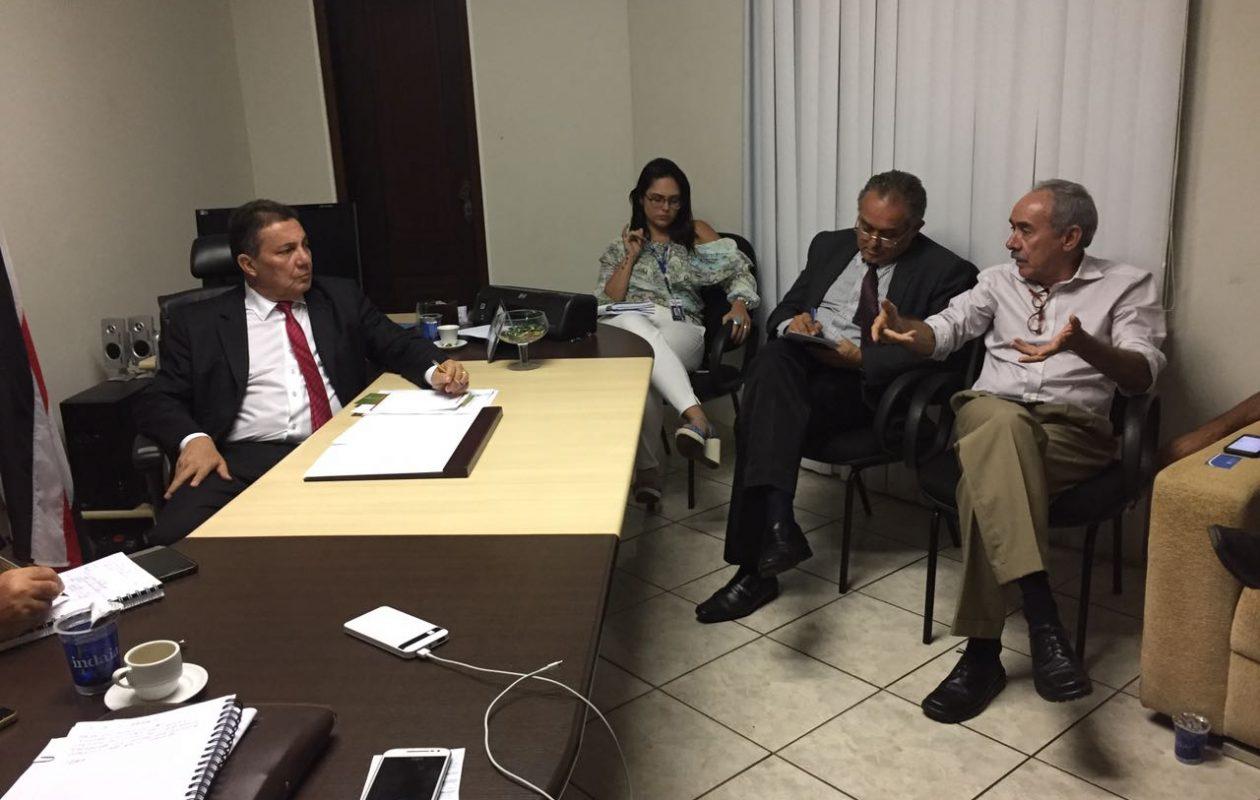 Tema quer redução da taxa de iluminação paga pelos municípios