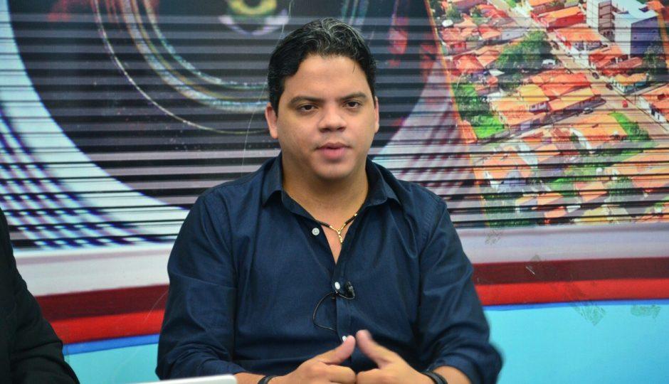 Câmara de Pinheiro rejeita pedido de cassação de Luciano Genésio