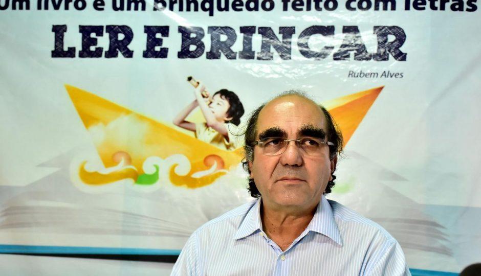 Pressionado, Edivaldo Júnior exonera Moacir Feitosa da Educação de São Luís