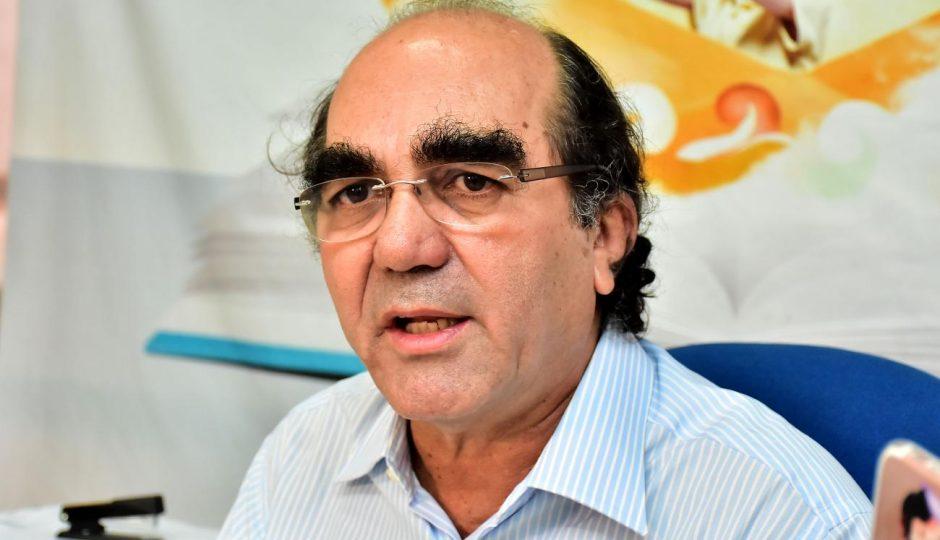 Professores cobram de Moacir Feitosa destino de R$ 12,6 milhões da educação