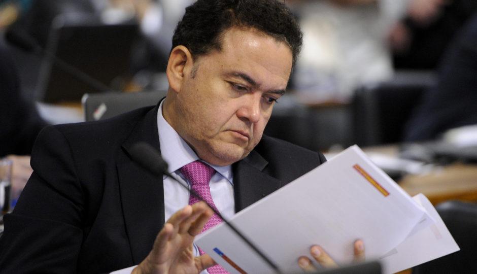 STF abre inquérito sobre prestação de contas de Roberto Rocha