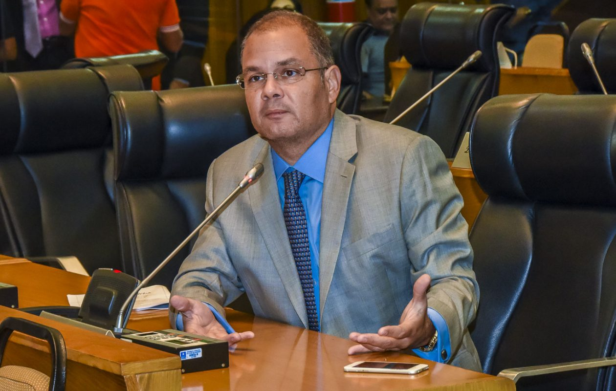 PGJ opina pela instauração de inquérito policial contra Rogério Cafeteira