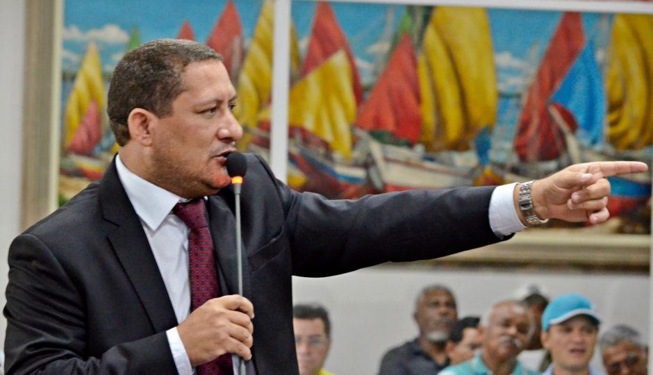 Emenda de Marquinhos permite reeleição da Mesa da Câmara