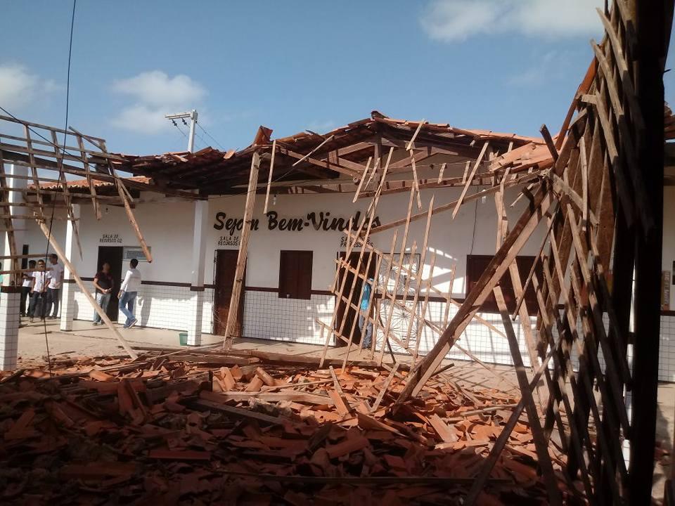 Desabamento de unidade estadual aponta para desorganização no Escola Digna