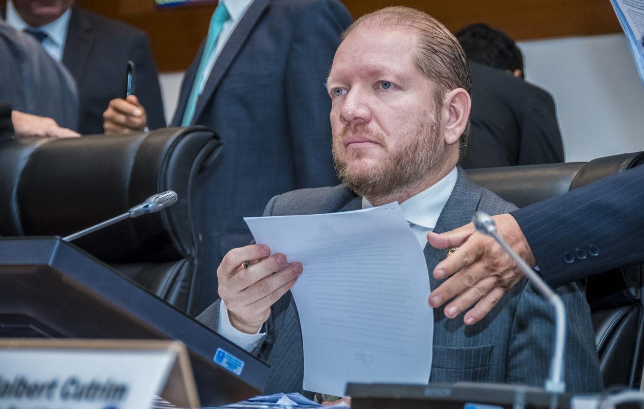 PGJ aguarda publicação de acórdão para decidir se recorre da absolvição de Othelino