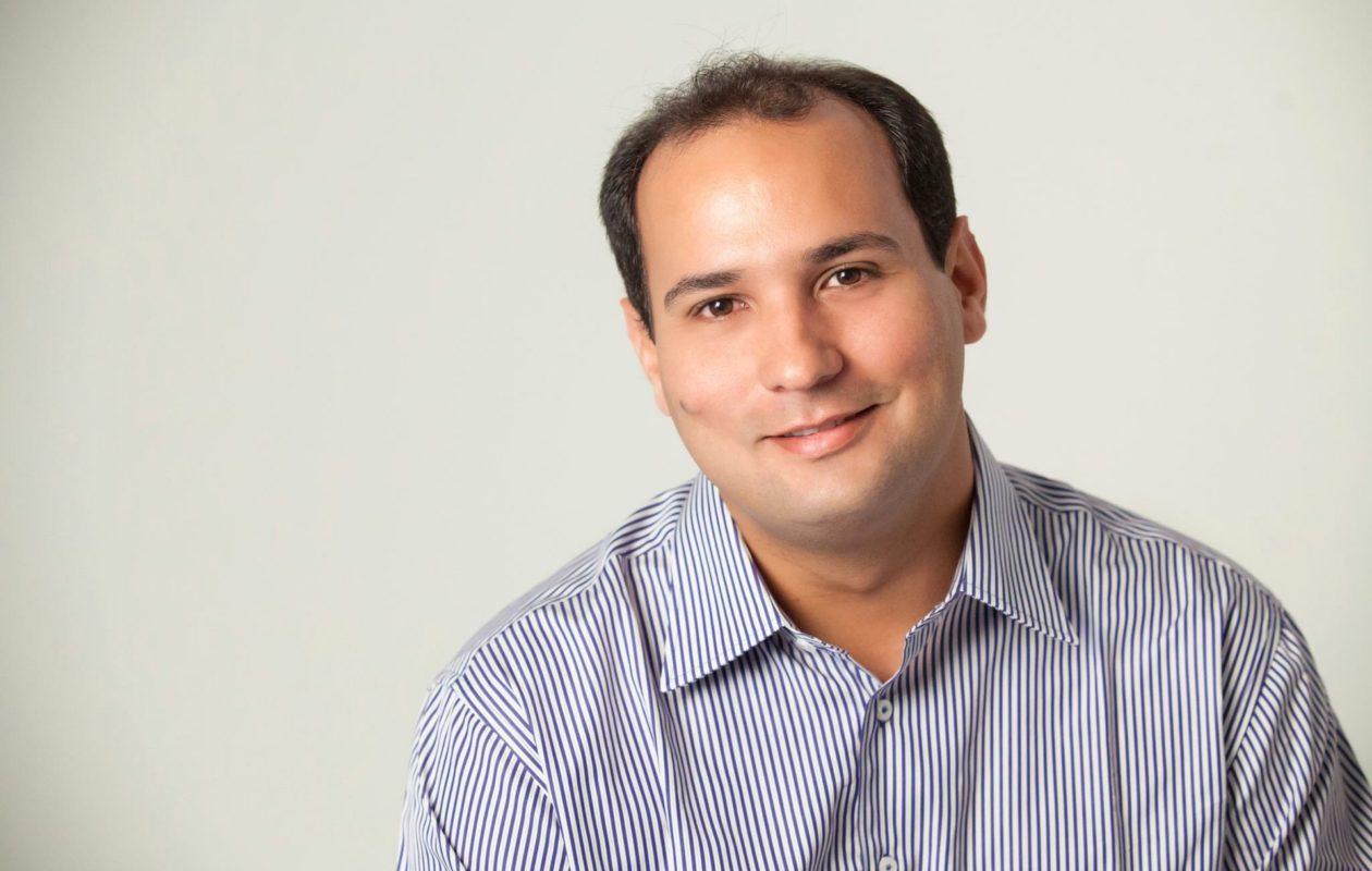 TJ segura decisão do STJ para afastar Rodrigo Oliveira