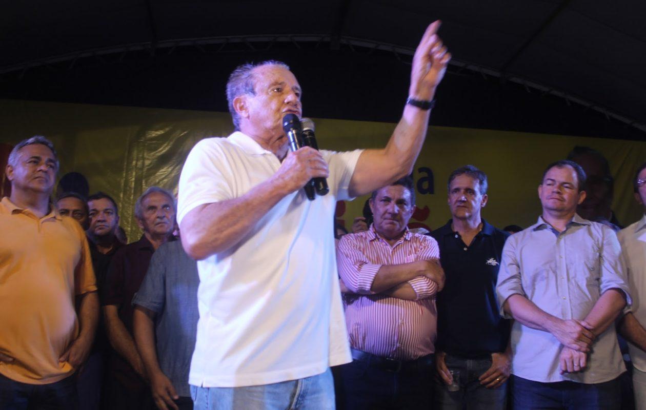 Padrinhos de Flávio Dino formam grupão por Zé Reinaldo para o Senado