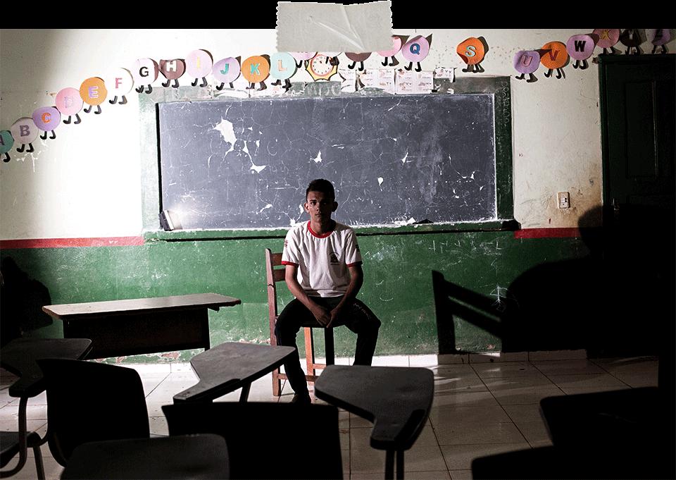 Metrópoles mostra estado de abandono de escola no Maranhão