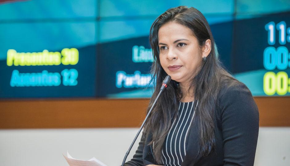 Em meio à Pegadores, Ana do Gás coage servidora a aceitar apadrinhada em UPA