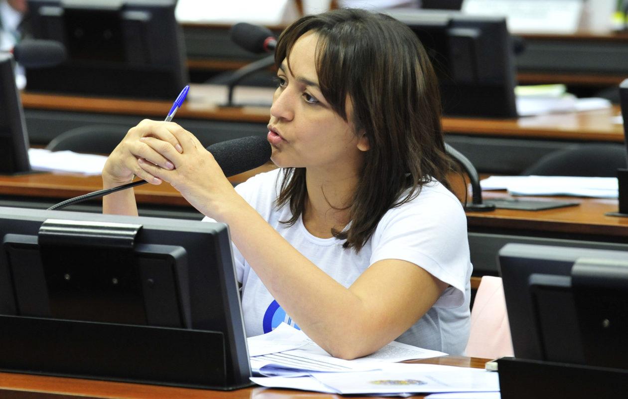 Para Eliziane, Temer fechará 2018 sem aprovar Reforma da Previdência