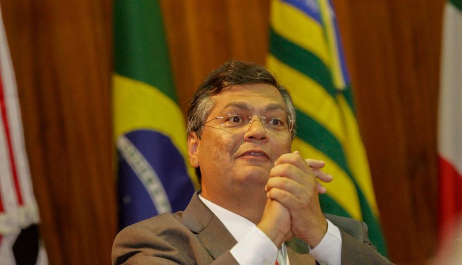 Governo adita para R$ 2,1 milhões contrato com empresário inidôneo