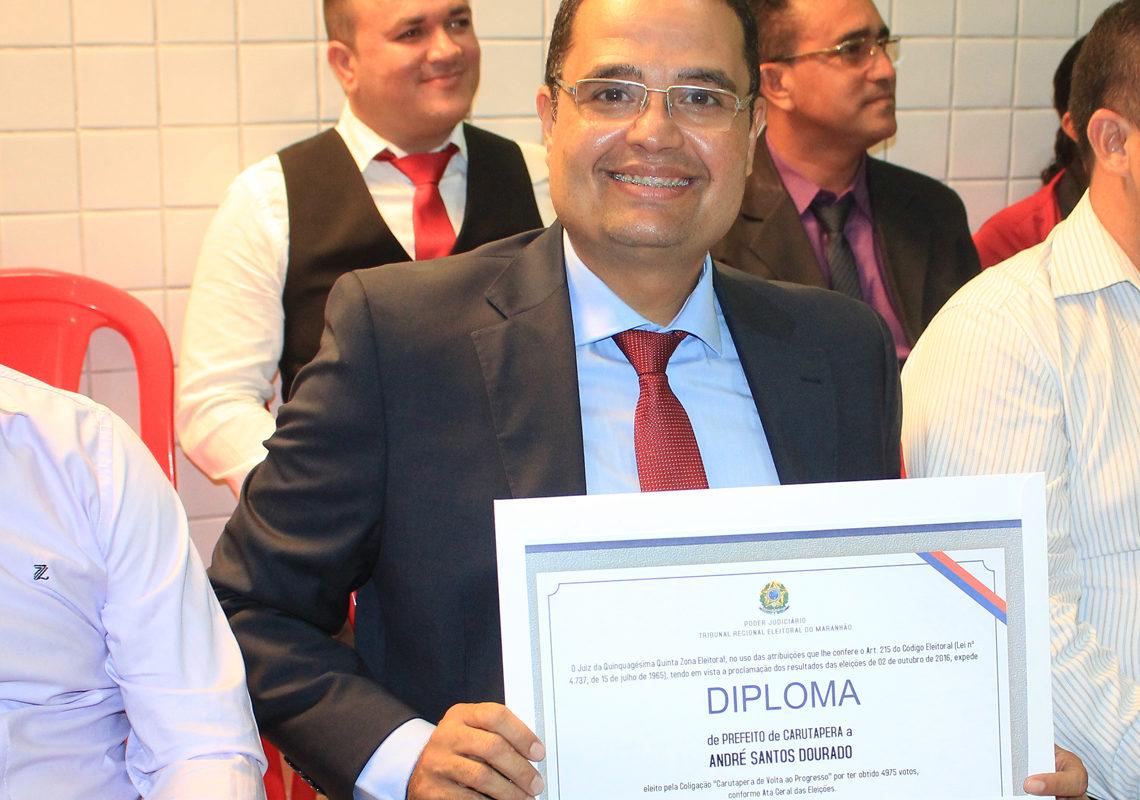 Em Carutapera, André Dourado contrata quase R$ 500 mil para o 'Janeirão'