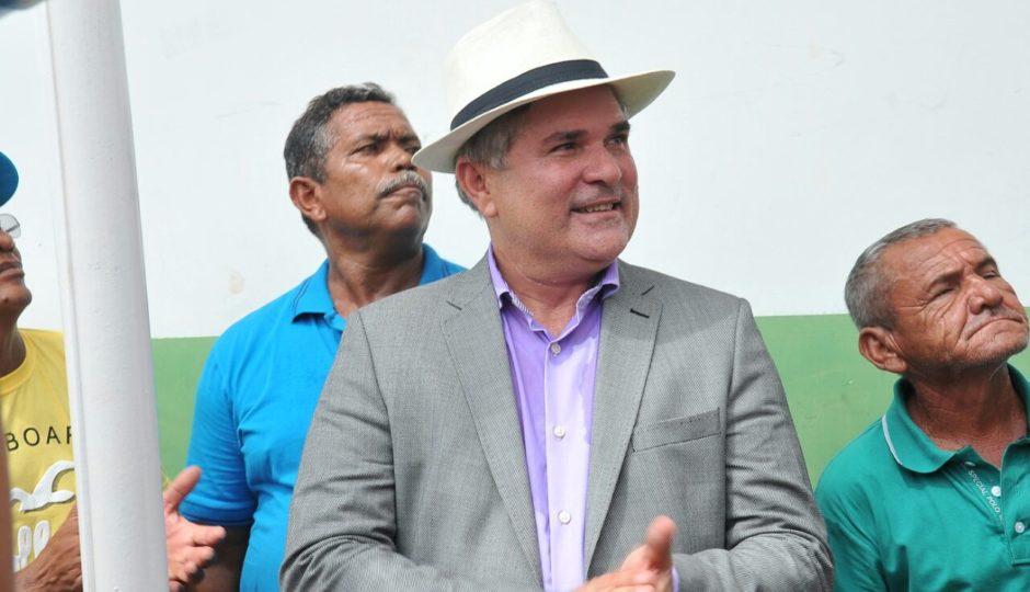Carlinhos Barros abandona Márcio Jerry para apoiar Gastão Vieira