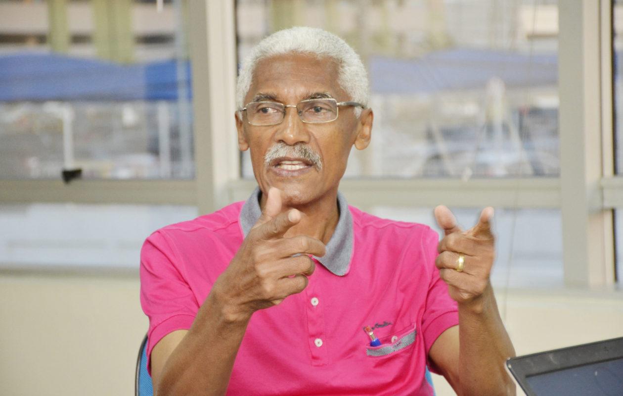 Domingos Dutra bate recorde e volta a ter gestão alvo do MP