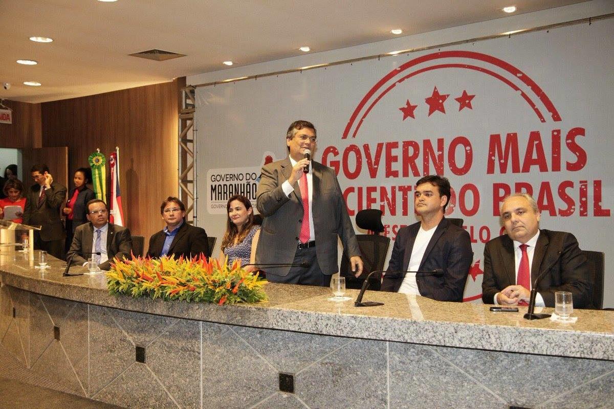 Flávio Dino usa estrutura do governo para autopromoção por avaliação do G1