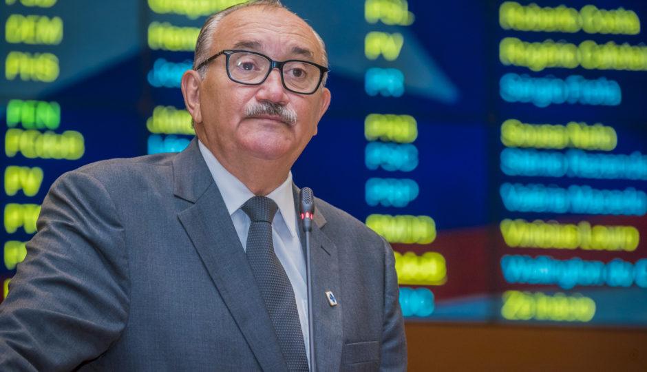 César Pires retoma defesa da PEC da emenda impositiva