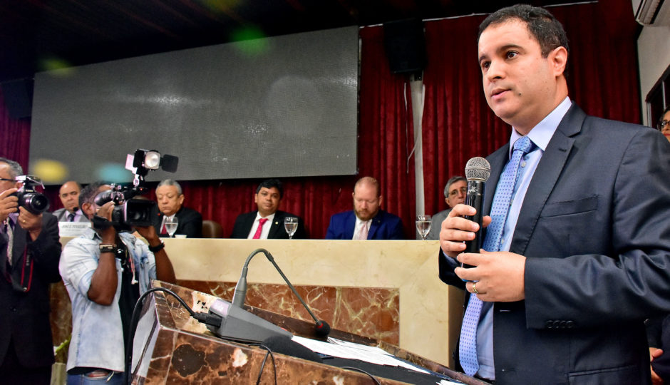 Interferência de Edivaldo em apoio a Osmar começa a desagradar aliados