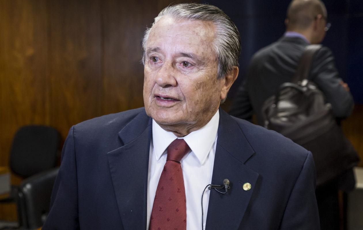 Zé Reinaldo diz que acordo com DEM foi fechado com Agripino Maia
