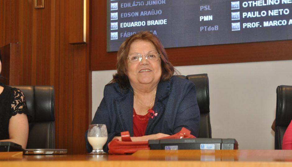 Cleide tenta retorno à AL-MA com baixa de principais cabos eleitorais