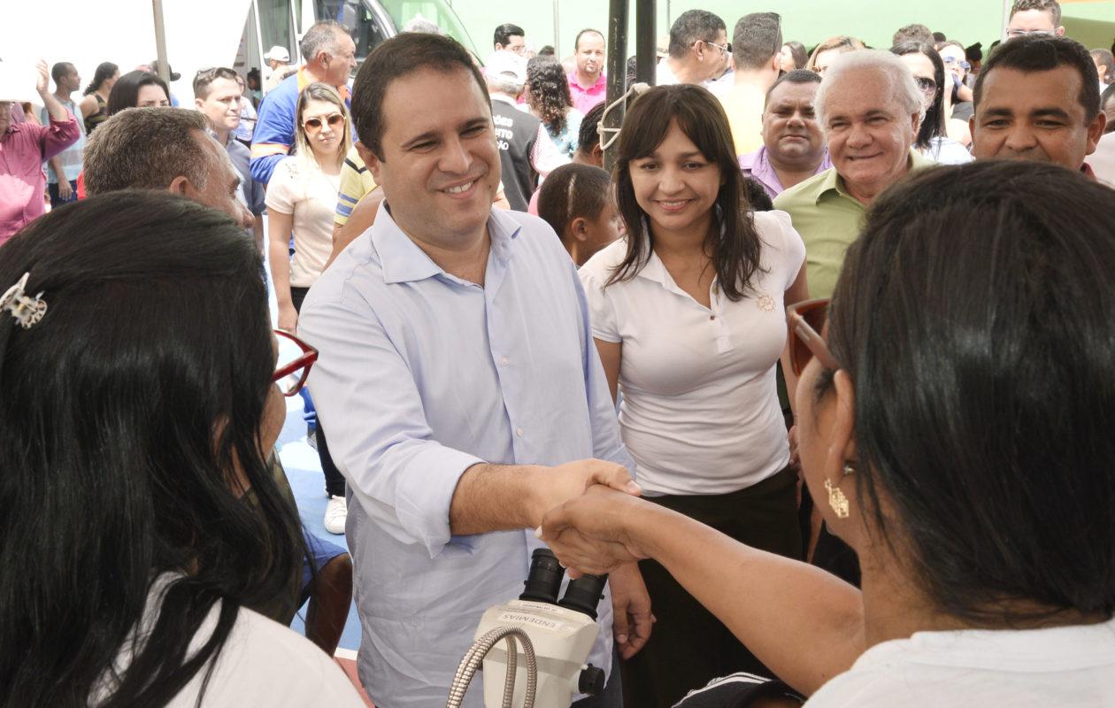Eliziane cola em popularidade de Edivaldo e em programa que dizia ser eleitoreiro