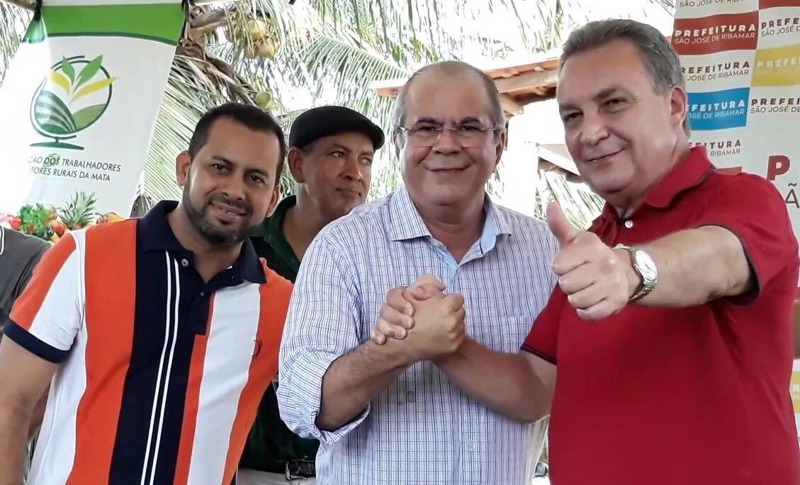 Luis Fernando mostra independência a Dino e fecha com Hildo Rocha