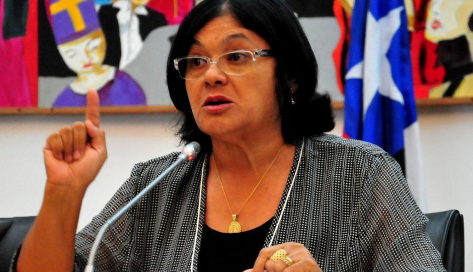 MP investiga suspeita de fraude em contrato de Vianey Bringel para Carnaval 2018