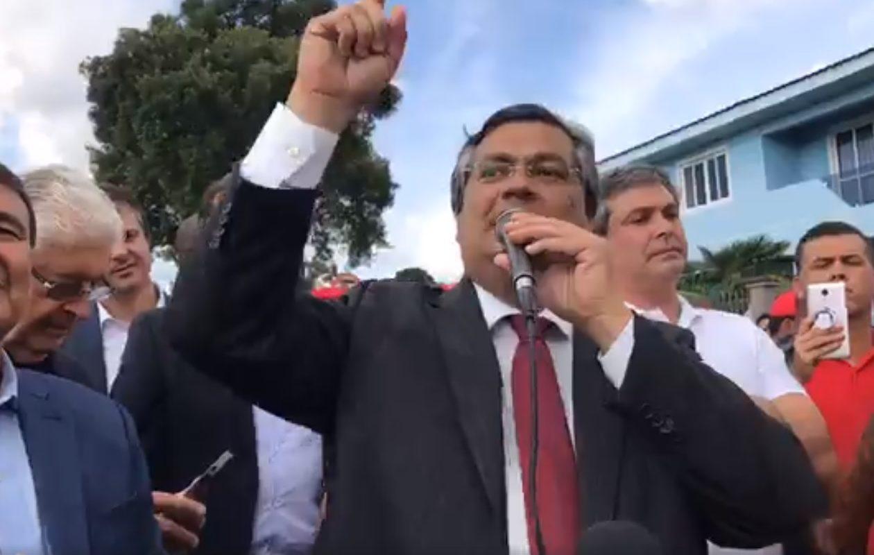 Barrado na visita a Lula, Flávio Dino deixa 'registro de indignação'