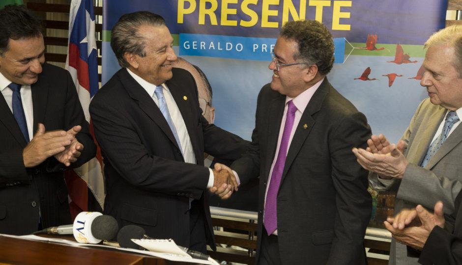PSDB define Zé Reinaldo e Alexandre Almeida como candidatos ao Senado