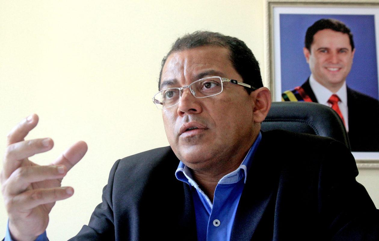 Câmara aprova convocação de Antônio Araújo para explicar alagamentos na capital
