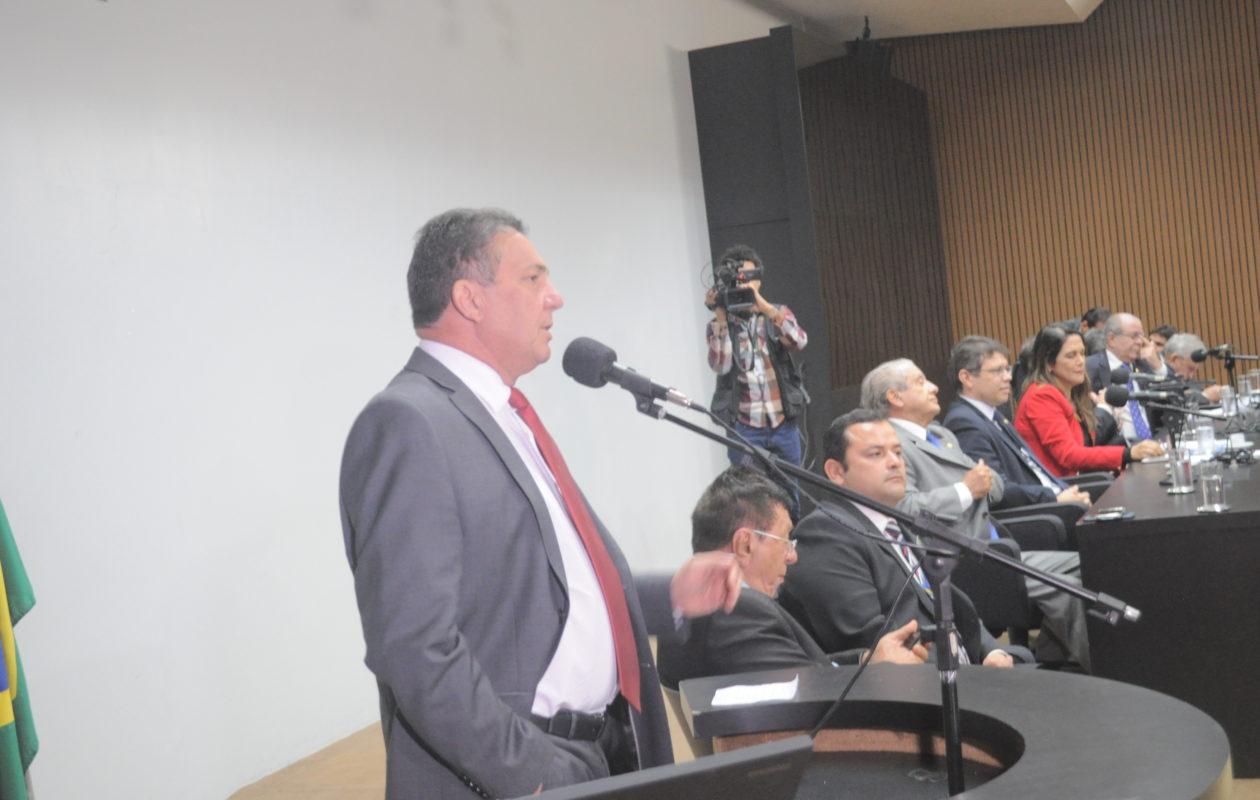Tema defende Pacto Federativo em reunião com bancada federal do MA