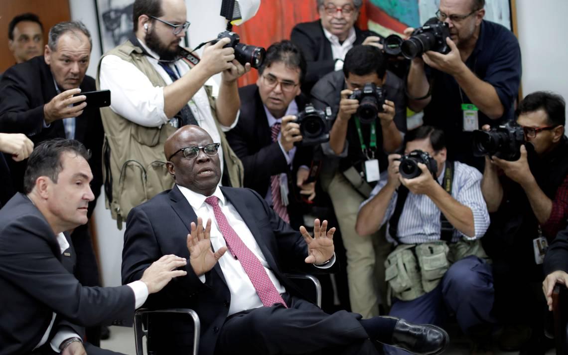 Joaquim Barbosa anuncia que não concorrerá à Presidência da República