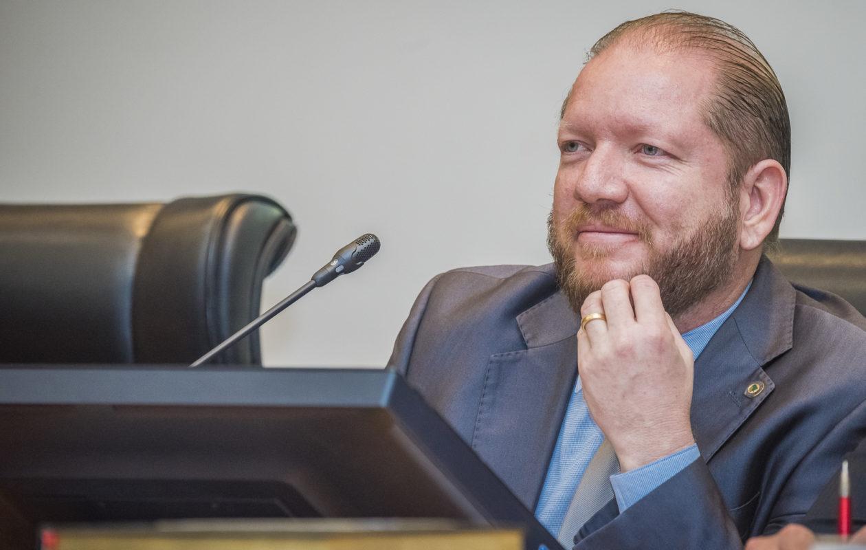 27 deputados já fecharam com Othelino Neto para a Presidência da AL-MA