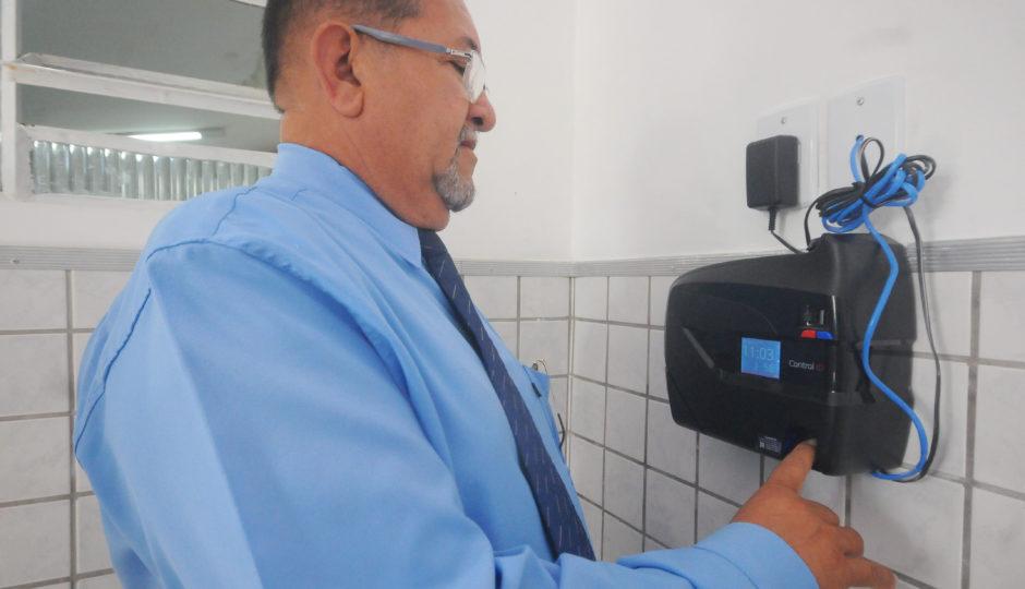 Servidores da CMSL passam a contar com assinatura de ponto eletrônico