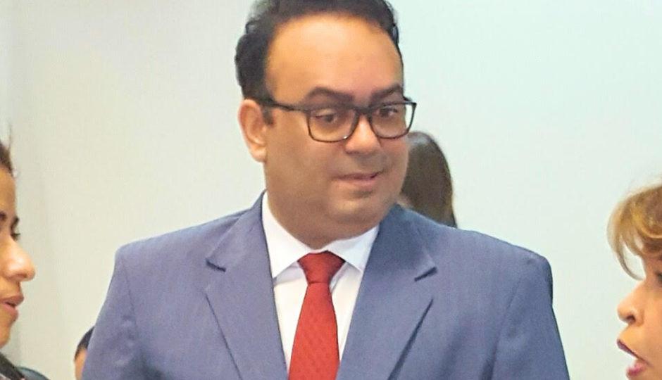 Sidarta Gautama suspende cautelar do TCE/MA e autoriza concurso em Caxias