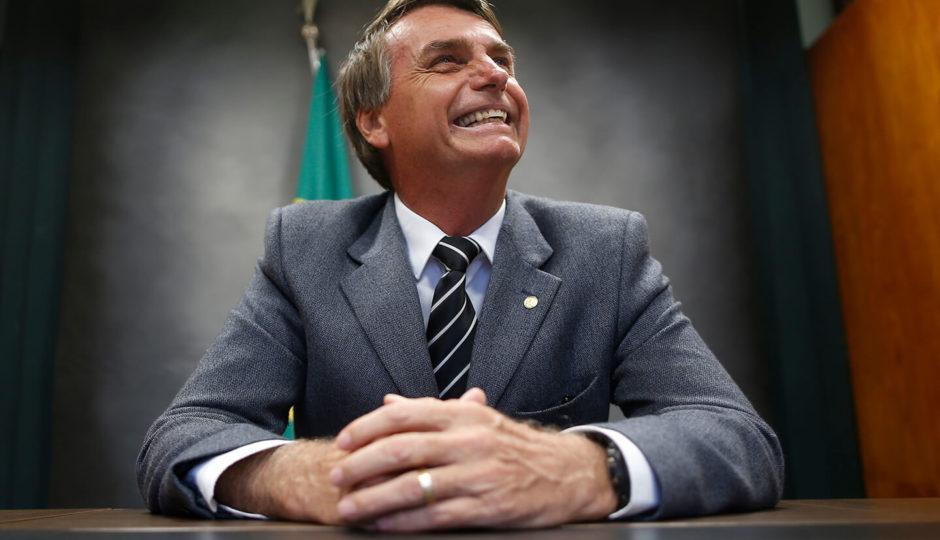 Sem Lula, Jair Bolsonaro lidera pesquisa Datafolha