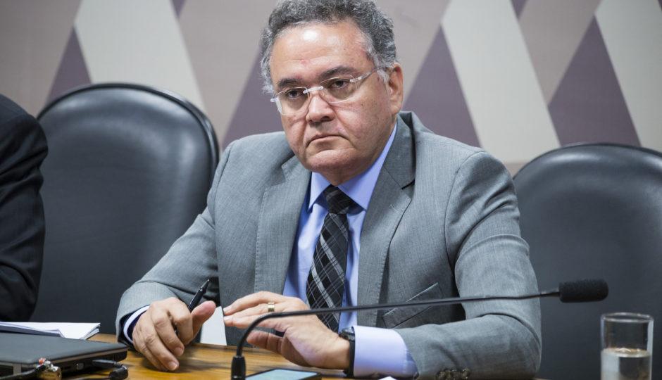 Barroso manda à 1ª instância inquérito contra Rocha por crime eleitoral