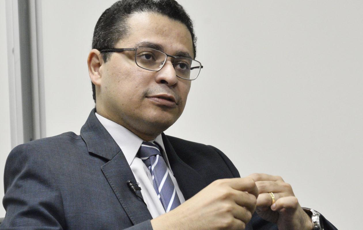 PGJ investiga Carlos Lula por possíveis irregularidades em licitação na SES
